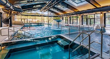 1 Bazénový svět